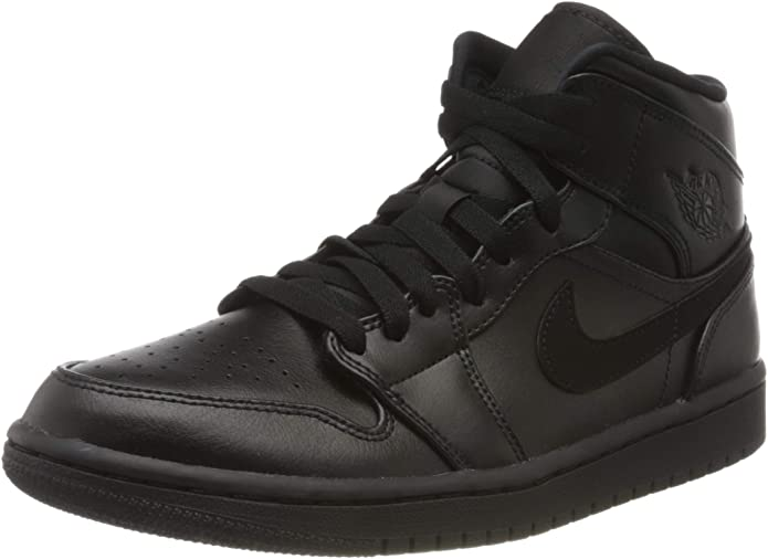 Best Shoes For Barbers 5) Nike Men